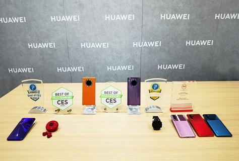 """Lee más sobre el artículo Los dispositivos HUAWEI obtienen premios """"Best of CES"""" y """"Editor's Choice"""""""