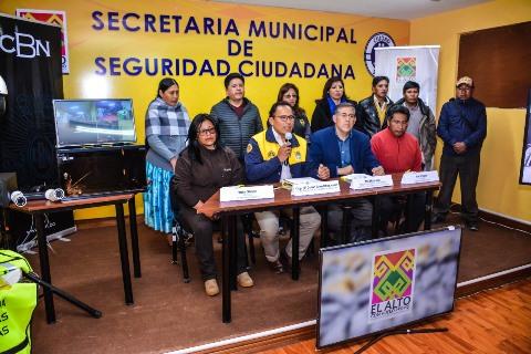 Lee más sobre el artículo El 100% de las unidades educativas de El Alto cuentan con sistemas de seguridad