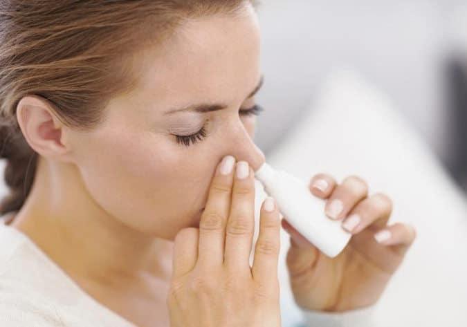 Lee más sobre el artículo Lavado de fosas nasales: un hábito que ayuda a prevenir enfermedades respiratorias