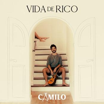"""Lee más sobre el artículo Camilo presenta """"Vida de Rico"""", la cumbia que narra la felicidad en su hogar"""