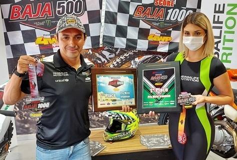 Lee más sobre el artículo Chavo Salvatierra gana el campeonato mundial del desierto