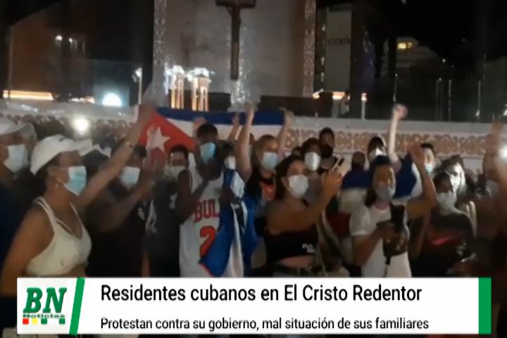 Lee más sobre el artículo Cubanos residentes en Santa Cruz protestaron en El Cristo y reclaman por mejor atención
