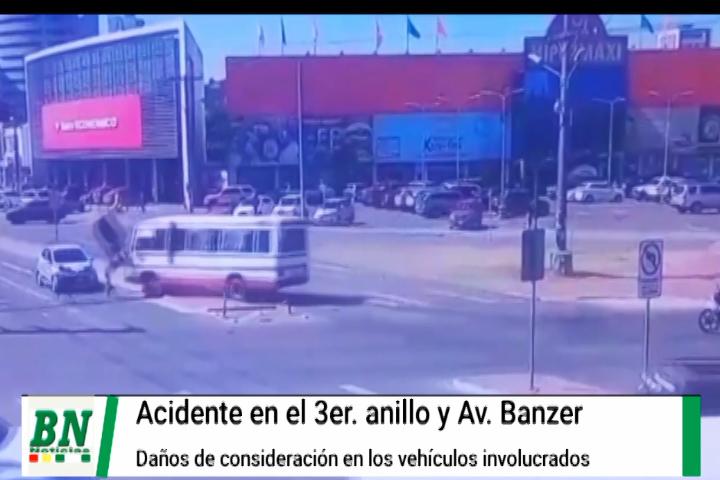 Lee más sobre el artículo Micro choca contra dos vehículos en el 3er anillo y Avenida Banzer