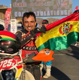 Lee más sobre el artículo Chavo Salvatierra gana la Baja 400 y está a un paso del bicampeonato mundial