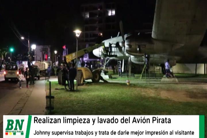 Lee más sobre el artículo Realizan limpieza y lavado de El Avión Pirata para darle mejor aspecta para el visitante