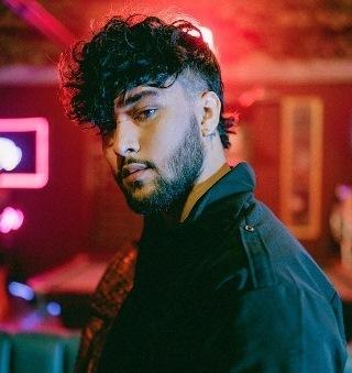 """Lee más sobre el artículo Joel Deleōn se destaca con su esperado single debut """"La Culpa"""""""