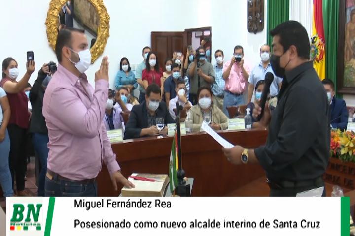 Lee más sobre el artículo Miguel Fernandez Rea es posesionado como alcalde interino en reemplazo de su padre, Johnny pidió permiso por viaje